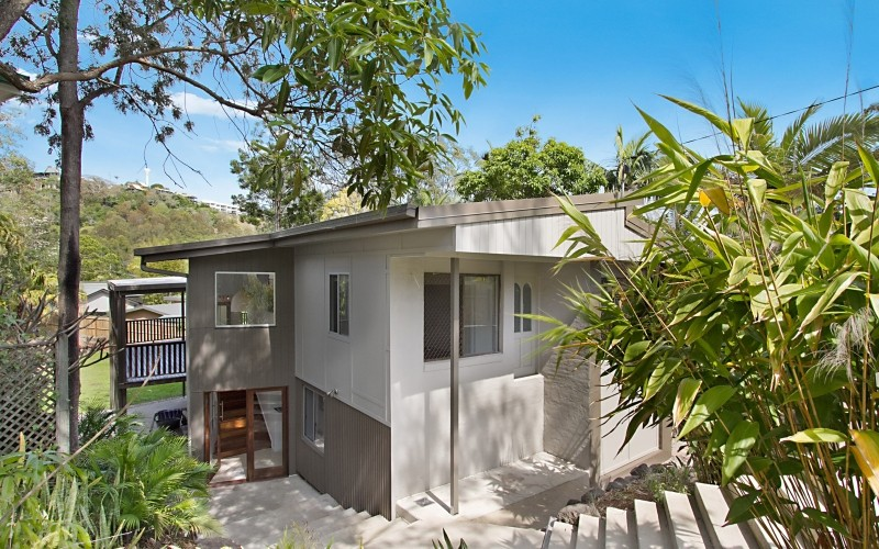 206 Ocean Parade, Burleigh Heads #Rent me