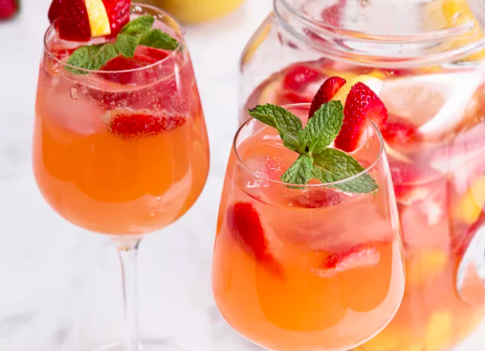 Shelley's Summer Sangria